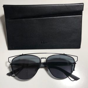 Dior Technologic Cutout Aviator Sunglasses, Black